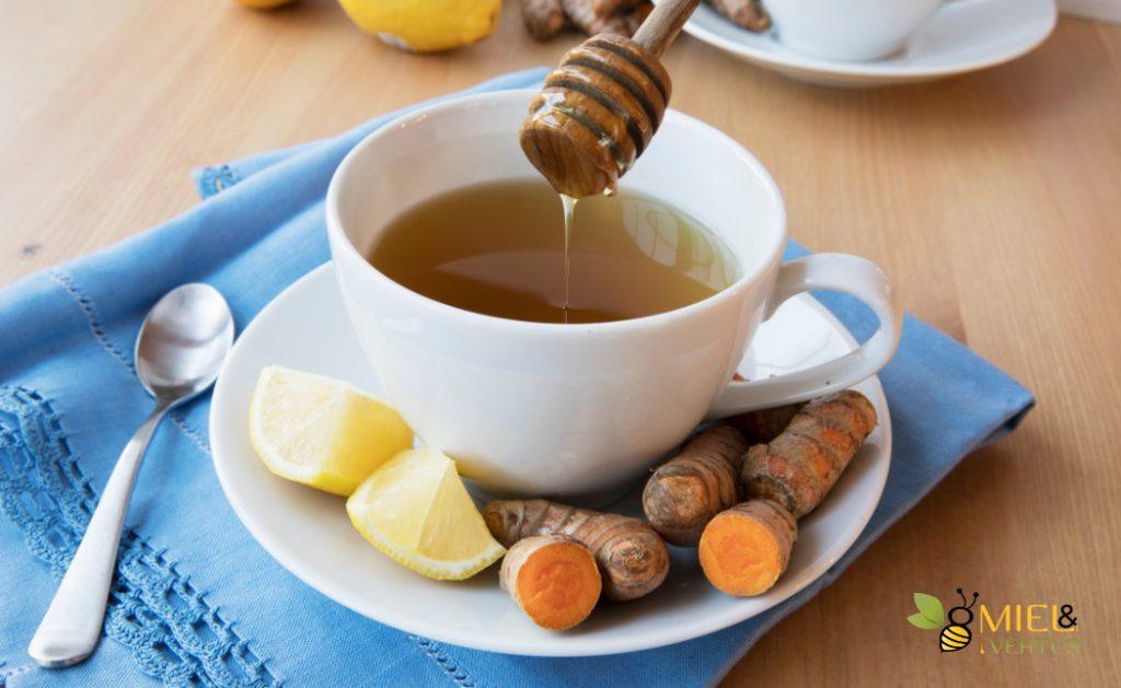 Curcuma et miel : l'antibiotique naturel le plus puissant 1